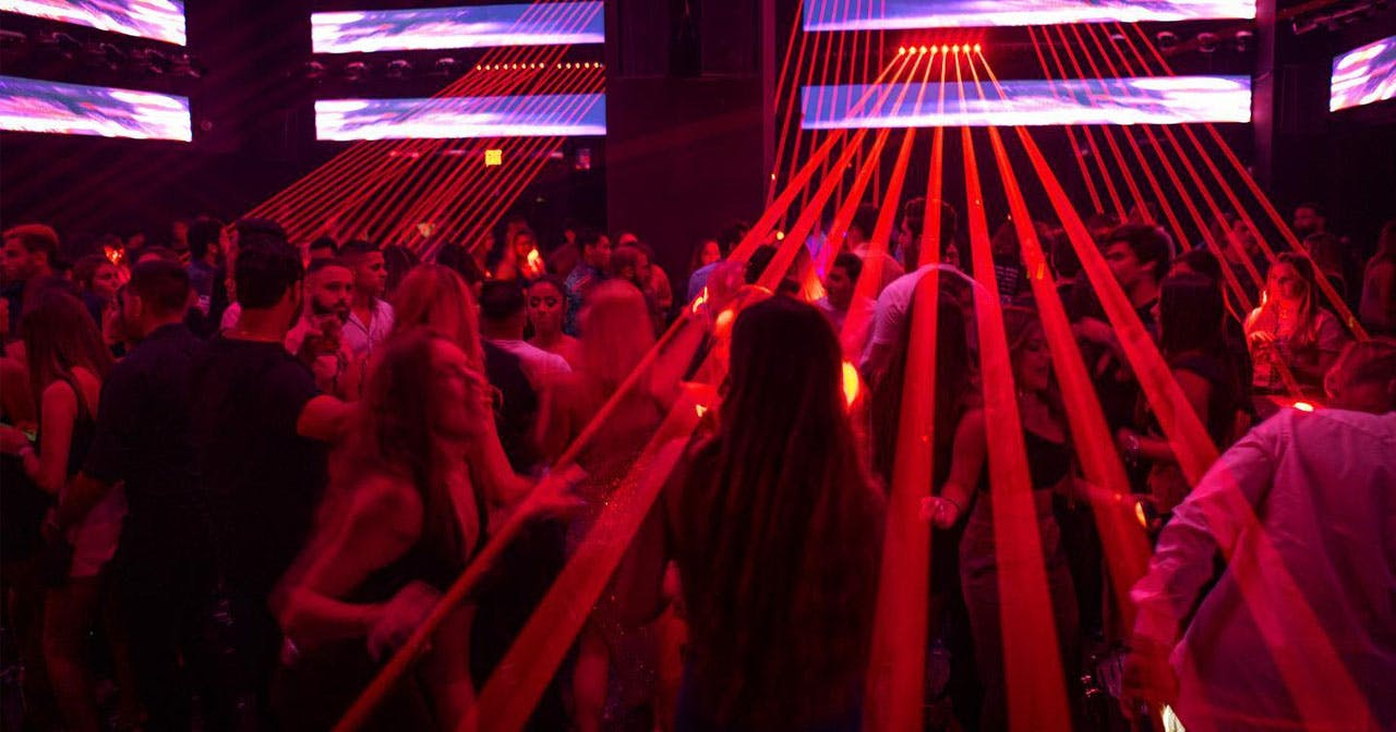 View of the interior of La V after getting free guest list