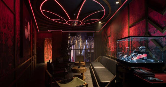 View of the interior of 1 OAK after getting free guest list
