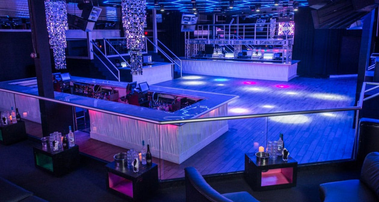 Inside look of Sway Nightclub with bottle service